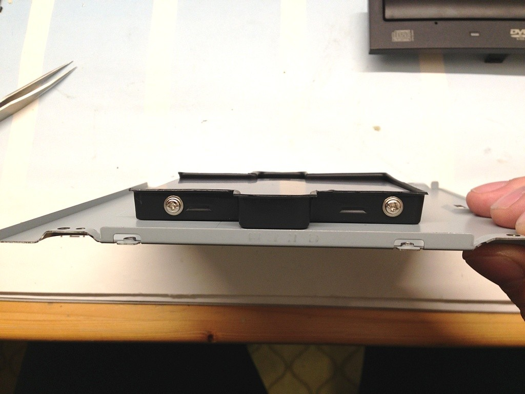 DIY SSD 5.25-Halterung - Seitenansicht